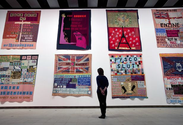 Tracey Emin - Appliqued Blankets - Hayward gallery, Londra - photo David Levene per the Observer