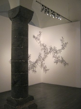 Loris Cecchini - The developed seed (organizing a system that can continously construct itself) - courtesy Galleria Continua, San Gimignano-Beijing-Le Moulin
