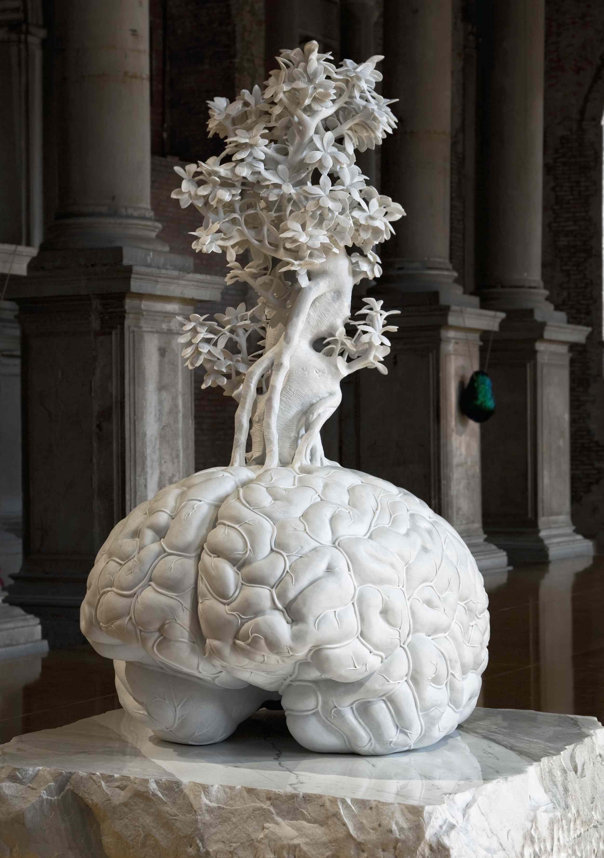 Jan Fabre - Fountain of life mimicking the shape and style of miniature (Pietà III) - 2011