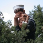 Seward Johnson, Unconditional Surrender 04