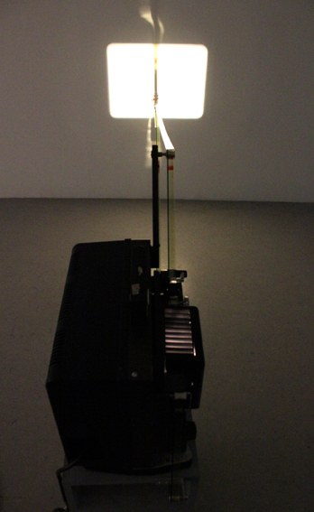 Rosa Barba - Theory in Order to Shed Light - 2011 - courtesy l'artista & carlier | gebauer, Berlino & Giò Marconi, Milano