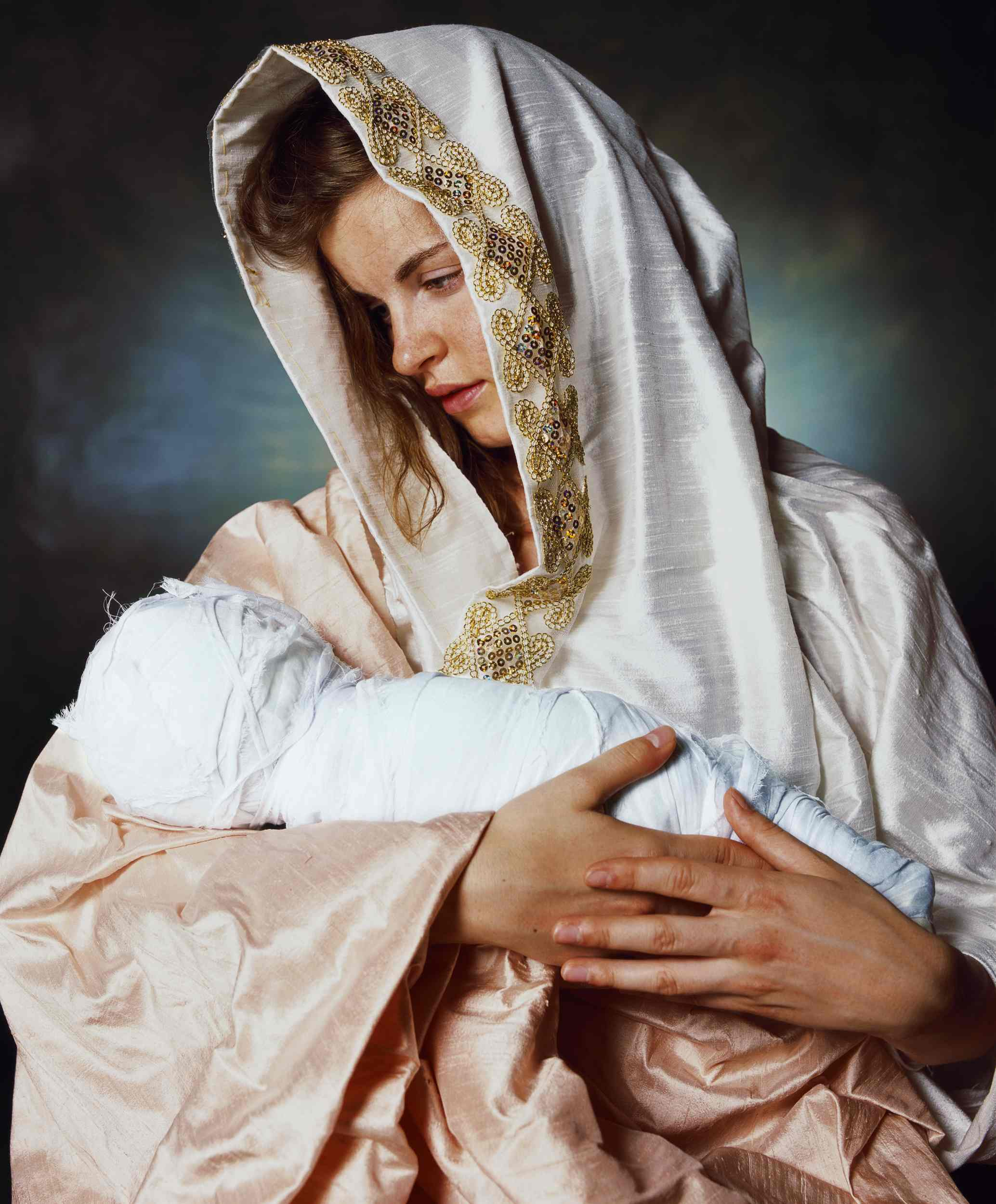 Andres Serrano - Mother and child - 2011 - courtesy Galleria Pack, Milano