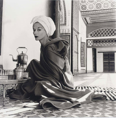 Irving Penn - Woman in Maroccan Palace (Lisa Fonssagrives-Penn)