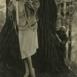 Edward Steichen - Marion Morehouse wearing fashion by Tappé; masks by the Polish illustrator W. T. Benda, 1926 - Condé Nast Publications, New York
