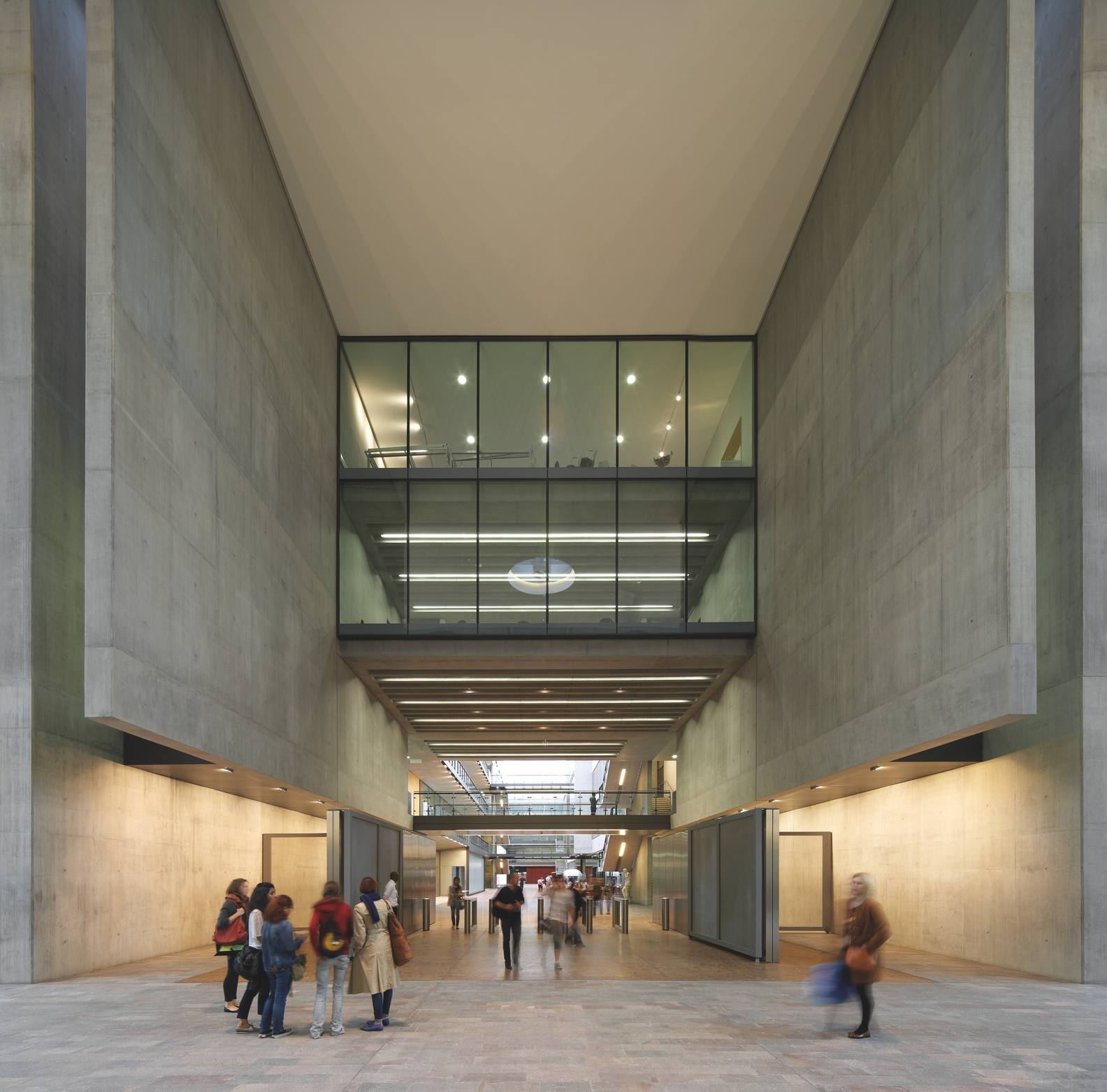 SW Central Saint Martins 5 -® Hufton+Crow
