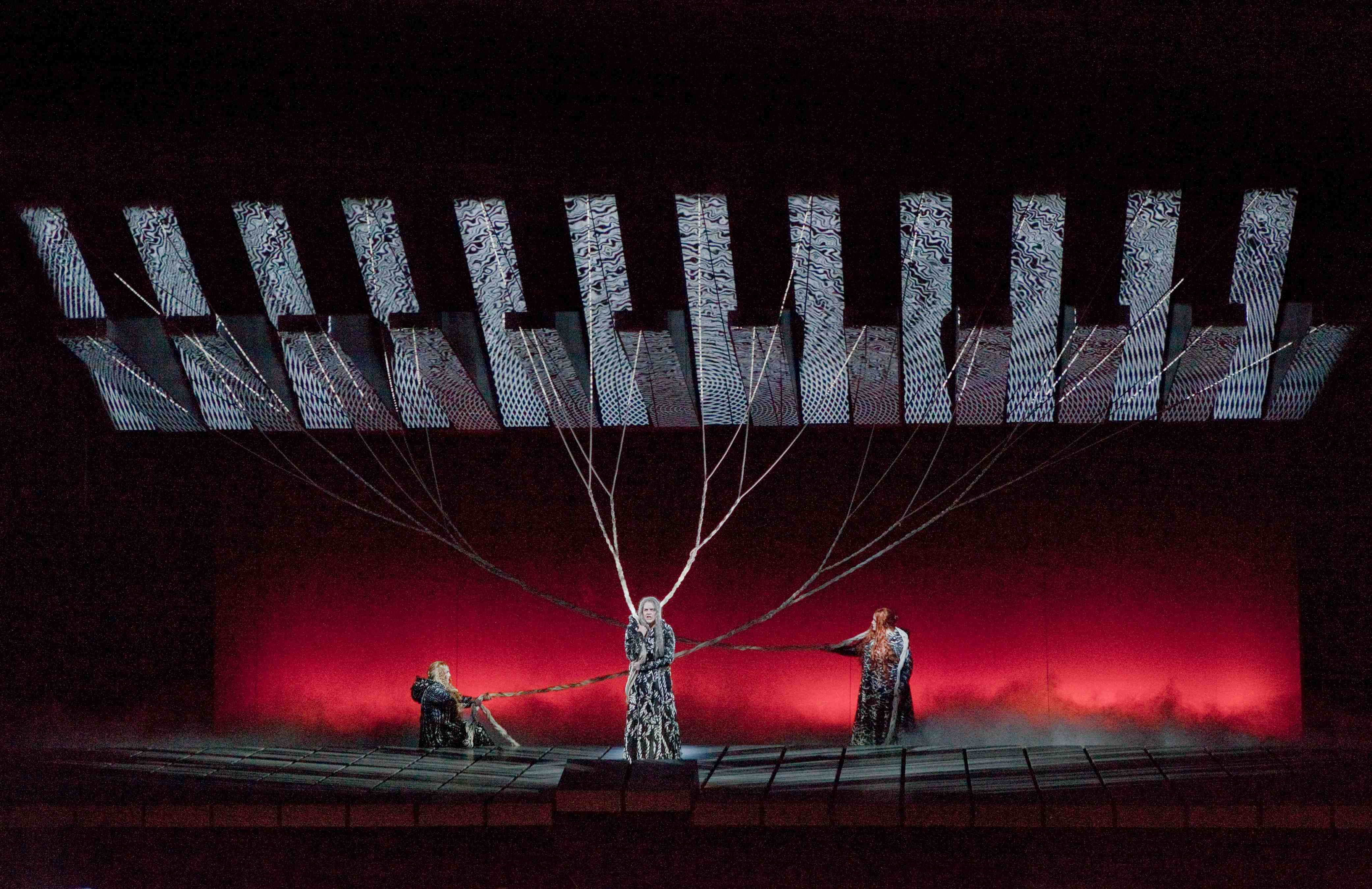 Richard Wagner - Götterdämmerung - photo Ken Howard/Metropolitan Opera