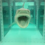 For the Love of Hirst. Lui non c'era, ma Artribune sì: ecco le prime immagini e video dalla megamostra alla Tate Modern
