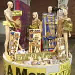 Thomas Hirschhorn - Tool Family - 2007 - courtesy l'artista & ARNDT, Berlino - photo Bernd Borchardt