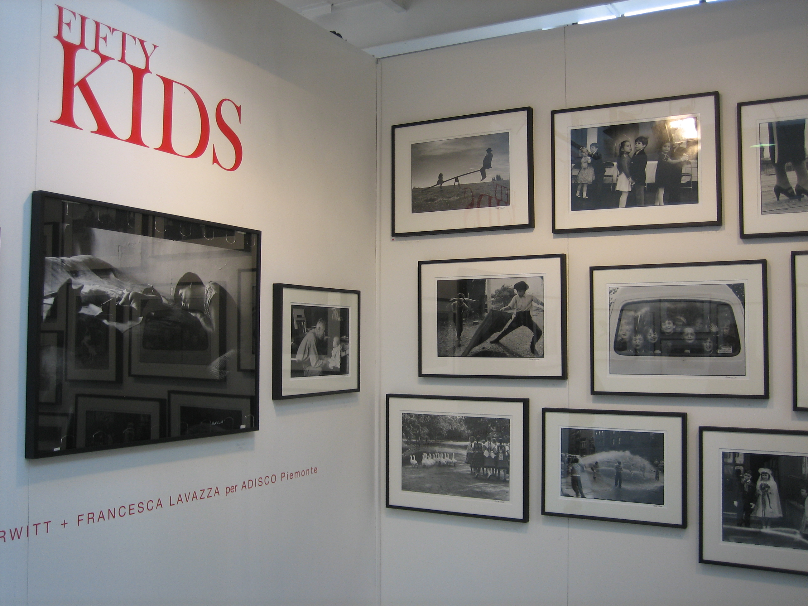 Elliott Erwitt - Fifty Kids, MIA Fair 1