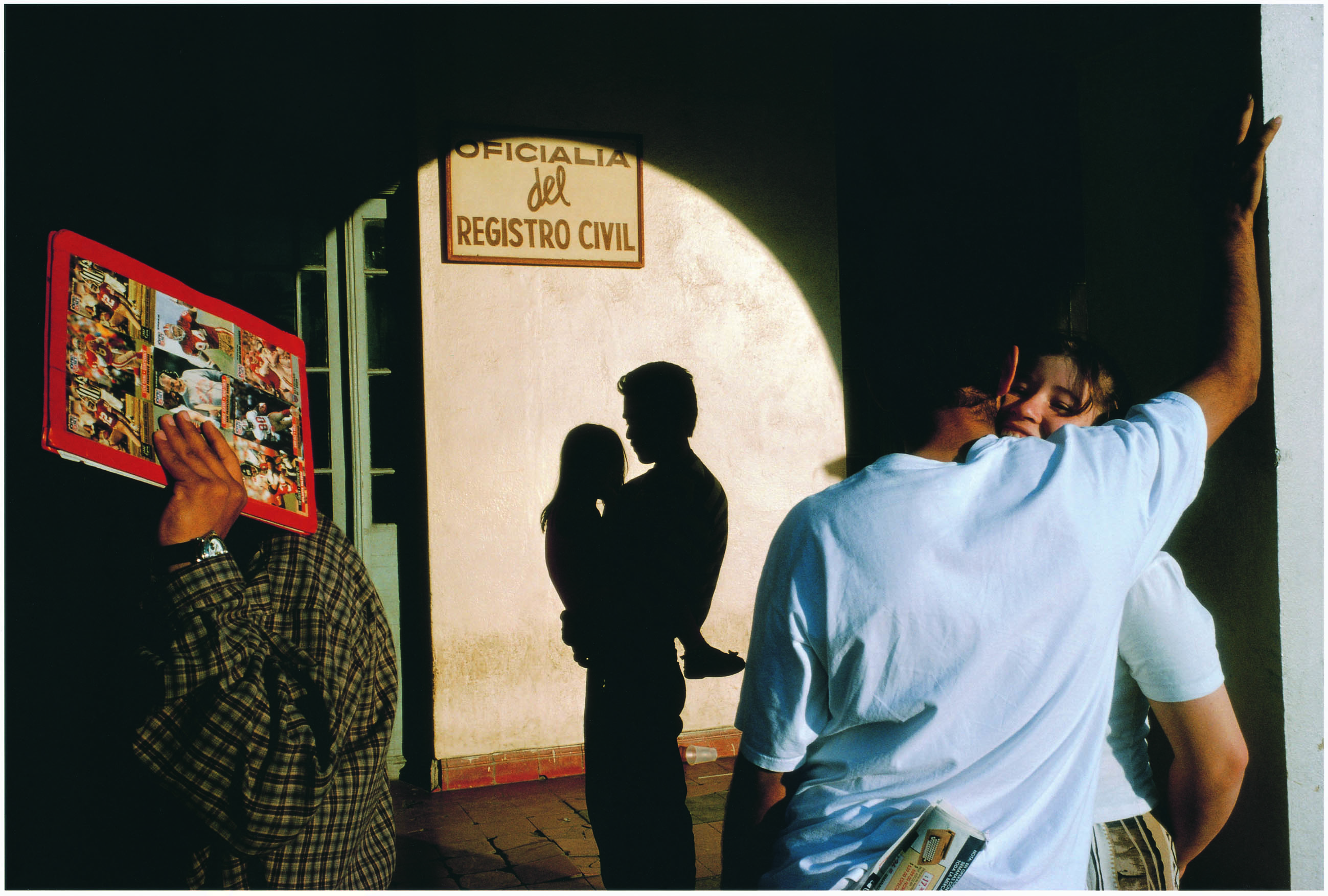 Alex Webb - Nuevo Laredo, Messico - 1996 - ©Alex Webb/Magnum - Photos/Contrasto