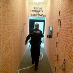 La Polizia alla Berlin Biennale (foto Leonardo Bigazzi) 1
