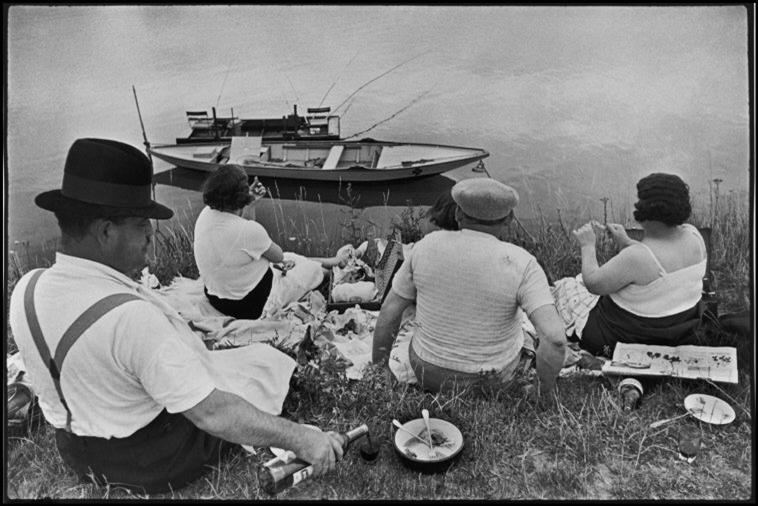 Henri Cartier-Bresson - France. Sunday on the banks of the River Marne - 1938