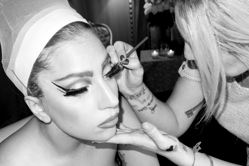 Trucco... - foto © Terry Richardson
