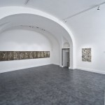 Tony Brown, Unfold, Sla centrale, installation view, Galleria Nicoletta Rusconi, photo Luigi Acerra