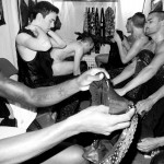 I ballerini dello show in camerino - foto © Terry Richardson