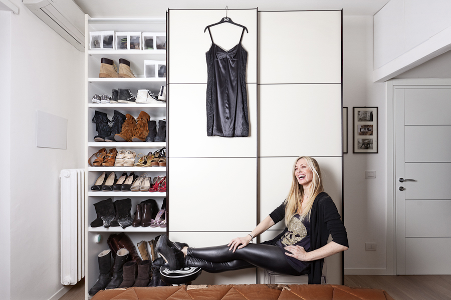 Pietro Baroni, Milan closets, 2012 (Cristina, assistant to the Borsa di Milano's CEO. She's a blogger too)