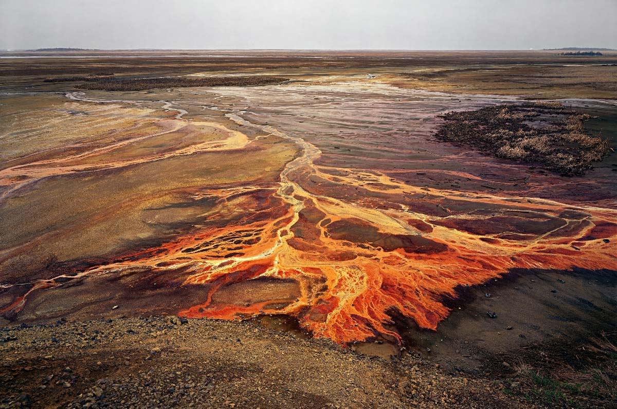Edward Burtynsky - Nickel Tailings