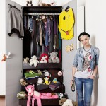 Pietro Baroni, Milan closets, 2012 (Francesca, model. Her house is the best hostel in town)