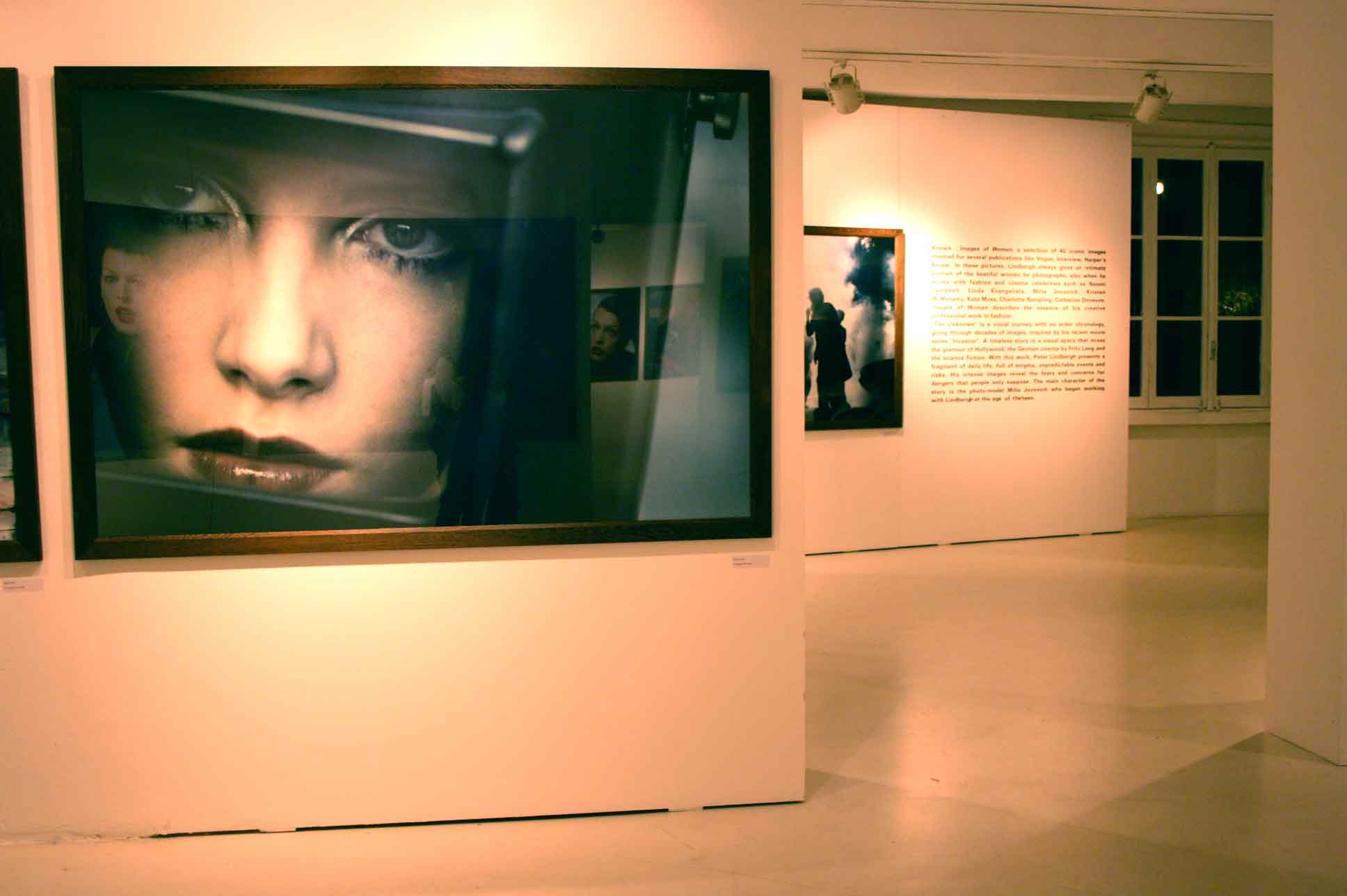 Peter Lindbergh - Known and The Unknown - veduta della mostra presso Carla Sozzani, Milano 2012