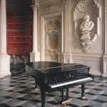 Bertrand Lavier - Steinway & Sons - 1987 - Castello di Rivoli - photo Claudio Abate