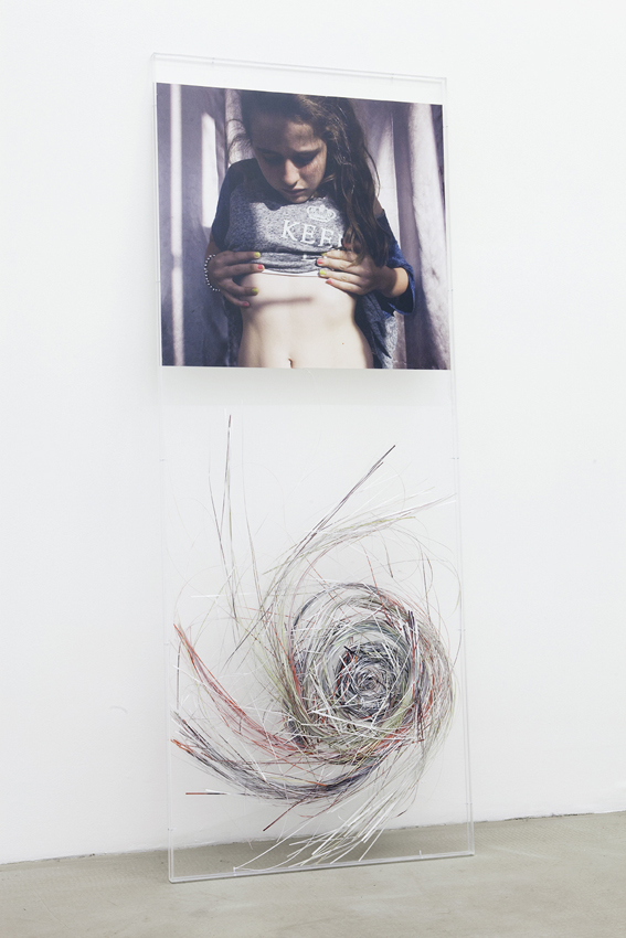 Maggie Cardelús - Laura unraveling, with style - 2012