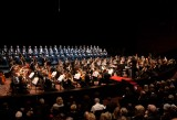 Orchestra e coro - Tiroler Festspiele