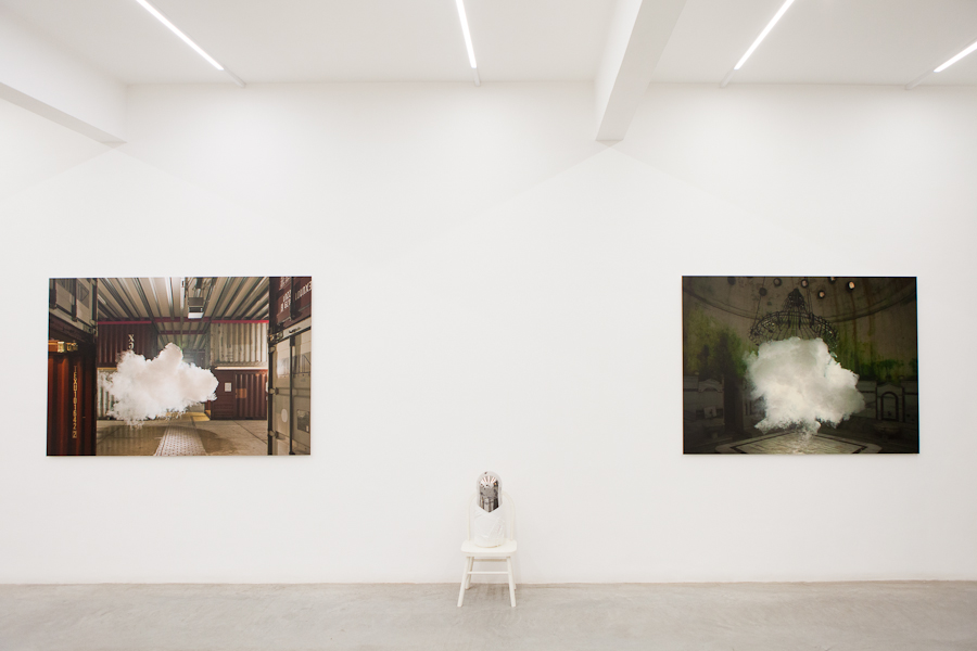 Installation image, The Uncanny Adeline de Monseignat and Berndnaut Smilde, Ronchini Gallery, photo Susanne Hakuba (8)