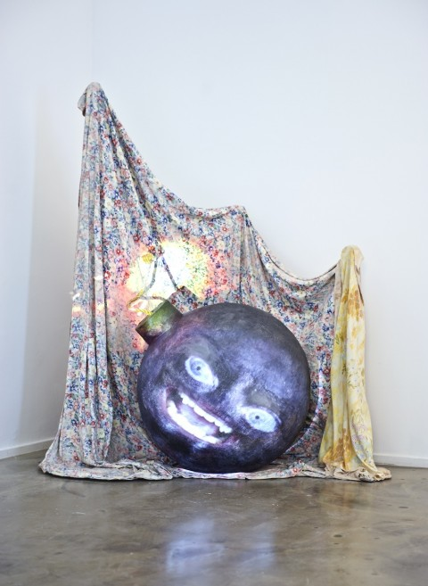 Tony Oursler - Bomb (2007) - photo Luigi Acerra