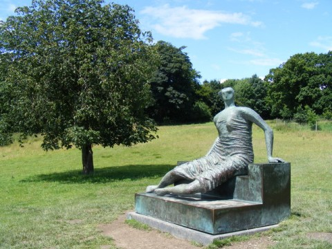 Henry Moore - Draped Seated Woman
