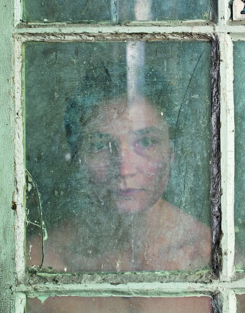 Elina Brotherus, Through the looking-glass, 2011