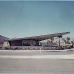 Jake Gorst, Desert Utopia: Midcentury Architecture in Palm Springs, 2010
