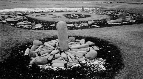 Mariko Mori, Stone Circle, Ōyu, 2004 - courtesy Scai The Bathhouse, Tokyo & Sean Kelly, New York