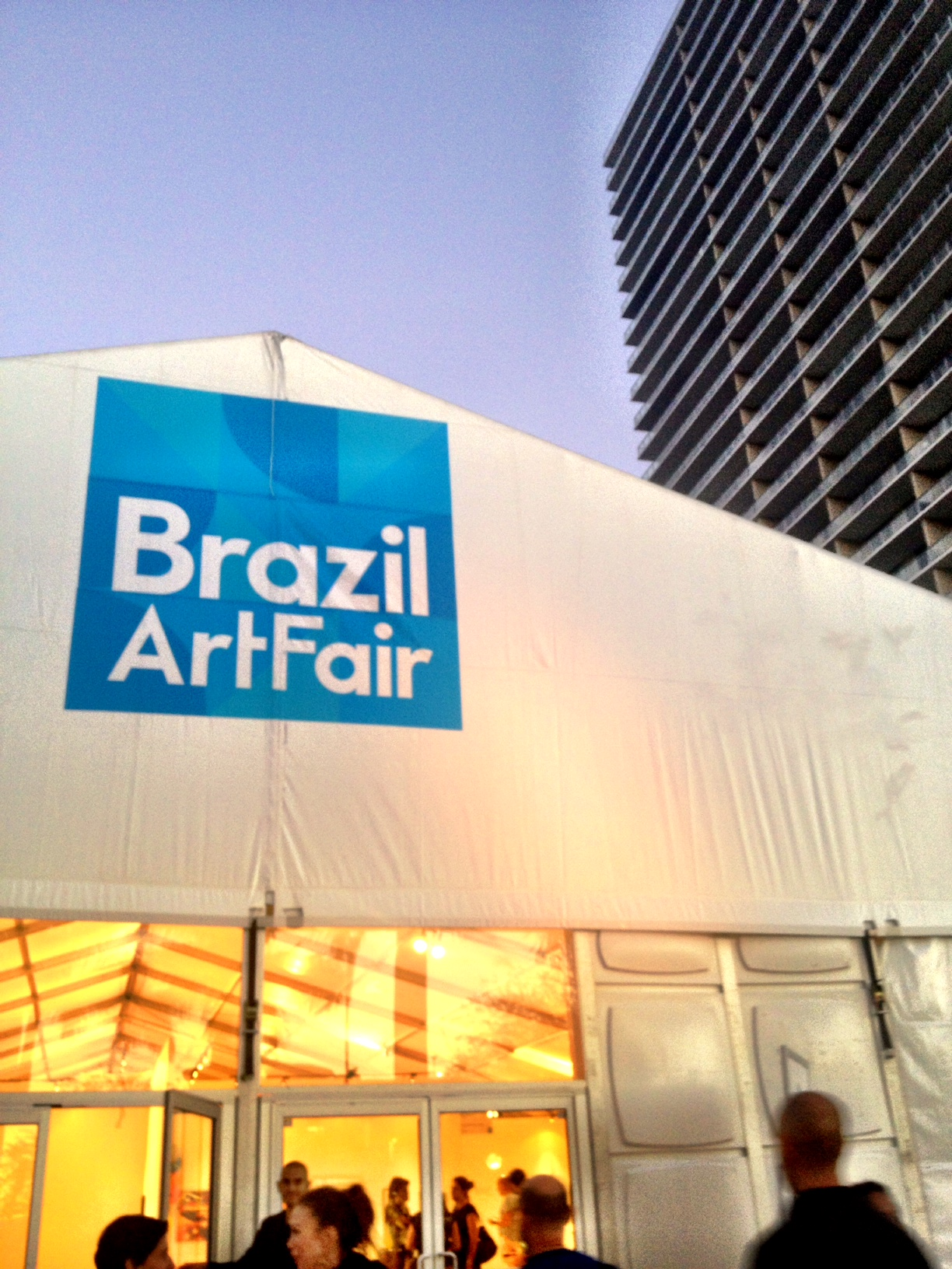 Miami updates fotoreport da brazil art fair la fiera for Craft fairs in louisiana