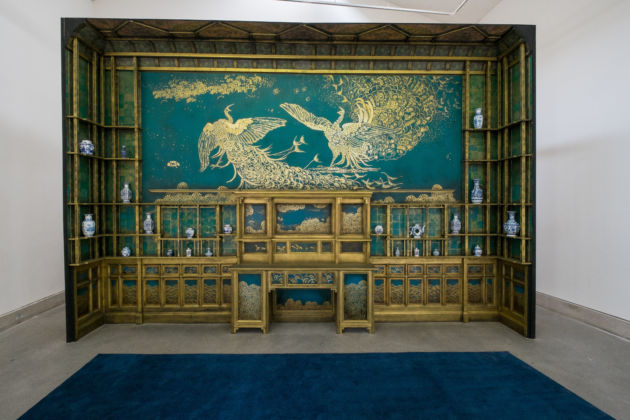 James McNeill Whistler, Harmony in Blue and Gold- The Peacock Room, 1876–77. Copia di Olivia du Monceau, 2014. Foto Mark McNulty, courtesy Liverpool Biennial