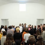 Marina Abramovic – 512 Hours, performance. The Serpentine Gallery, London 2014 – Photo © Marco Anelli, courtesy of the Marina Abramovic Archives and The Serpentine Gallery, London