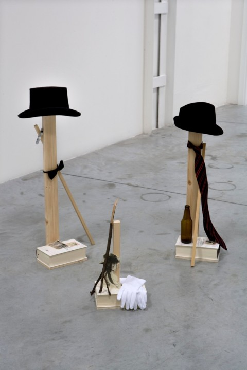 Maria Adele Del Vecchio, Dandies, mixed medias, variable dimensions, 2008