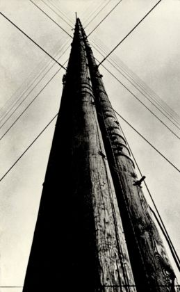 Aleksandr Rodchenko, Radio Station Tower, 1929 - Jack Kirkland Collection - © Rodchenko & Stepanova Archive, DACS, RAO, 2014