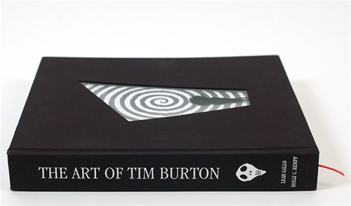 Il catalogo della mostra The Art of Tim Burton