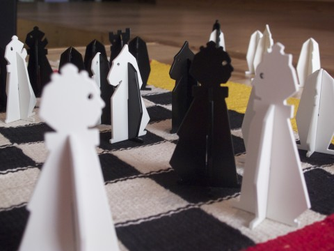 Olive & Patrick, LEchiquete (Checkered Chess), 2012, pieces and chessboard, Photography Olive Martin