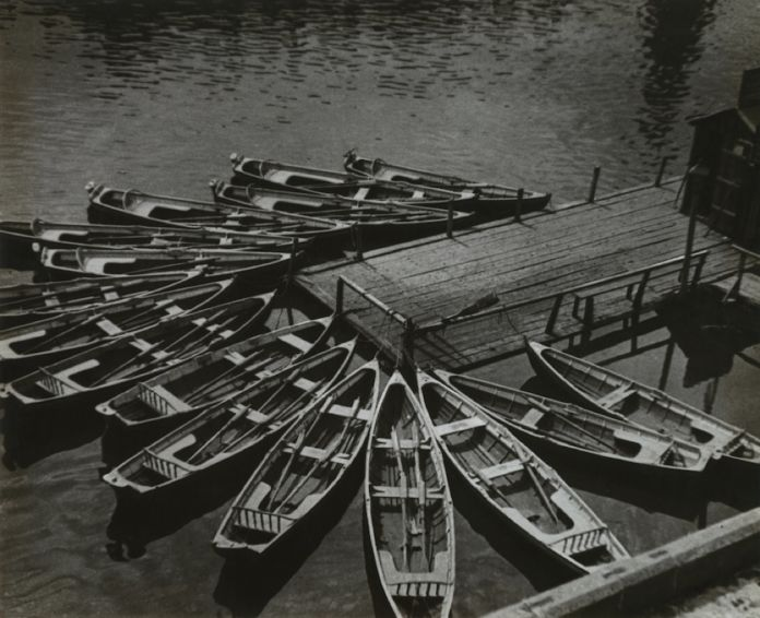 Alexander Rodchenko, Boats, 1926 - Collection of Moscow House of Photography Museum - © A. Rodchenko – V. Stepanova Archive