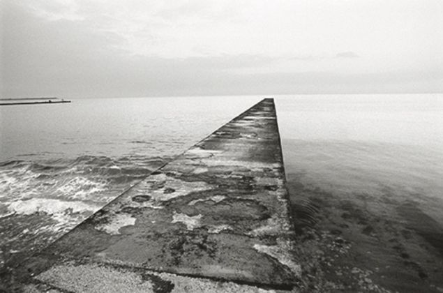 Senza titolo, dalla serie Black Sea. Between Chronicle and Fiction, 2002-2010 © Vanessa Winship