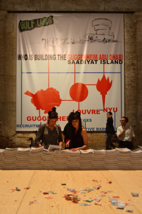 Biennale di Venezia 2015 - Gulf Labor, Who is building the Guggenheim Abu Dhabi - photo Alessandro Zorzetto