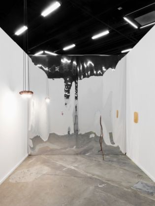 Vanessa Billy, Extended finger, Navel, Mirage, 2014 - Swiss Art Awards installation view - Courtesy BolteLang - photo Gunnar Meier