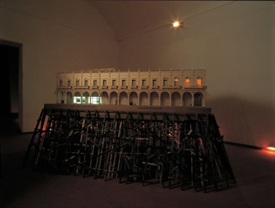 Carlos Garaicoa, Cartas a los censores, 2003 - Courtesy Fondazione VOLUME! - photo Rodolfo Fiorenza