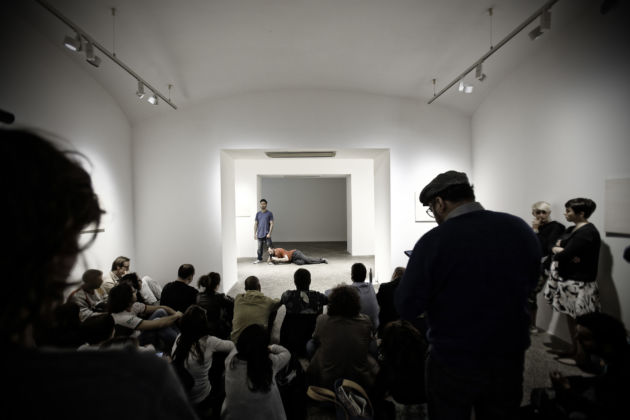 Italo Zuffi, Poesie doppie, 2015 - performance - MAN, Nuoro - photo Ivan Capra