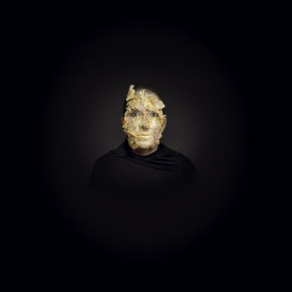 Marina Abramovic, Golden Mask, 2009 – still da video - courtesy of the artist and Lia Rumma Gallery