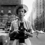 Vivian Maier, New York, 10 settembre, 1955 - © Vivian Maier/Maloof Collection, Courtesy Howard Greenberg Gallery, New York