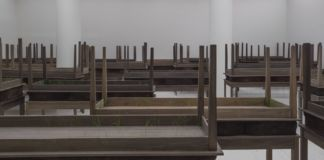 Doris Salcedo – veduta della mostra presso il Solomon R. Guggenheim Museum, New York 2015 - photo David Heald¬ © Solomon R. Guggenheim Foundation