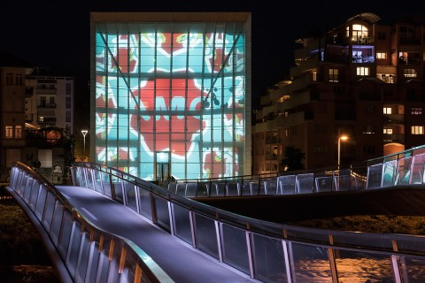 Studio Mut, Mut for Love, Museion Media Facade, 2015, foto Luca Meneghel