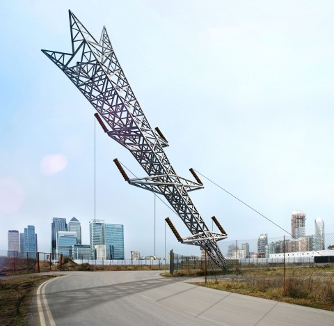 A Bullet from a Shooting Star, di Alex Chinneck (courtesy London Design Festival)